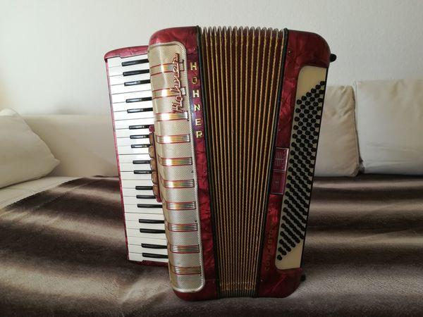 Verkaufe Akkordeon Hohner Concerto IV