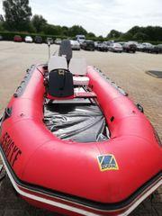 Schlauchboot mit 40 PS Tohatsu
