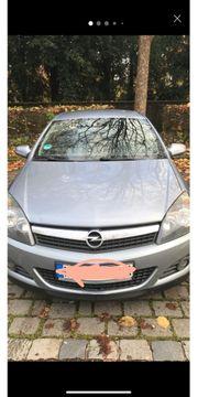 Opel Astra GTC 1 7
