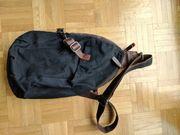 Crossbag Sling Bag Umhängetasche aus
