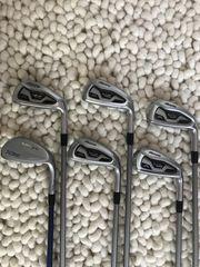 Golfschlägerset von Mizuno