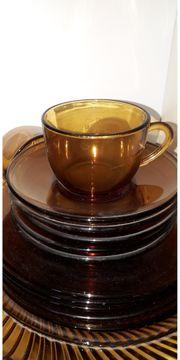 Teeservice aus Glas zu verkaufen