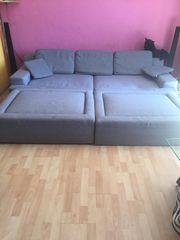 große Couch Sofa schlaffunkcion von