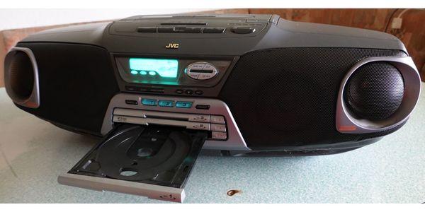 JVC- Soundmachine