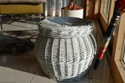 großer runder Korb mit Deckel