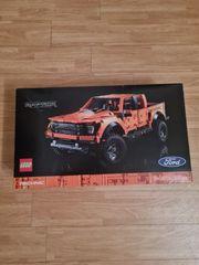 LEGO Ford Raptor