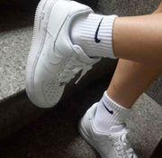 Fetisch für Socken und Schuhe