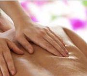 Erotische Ganzkörpermassage für Damen