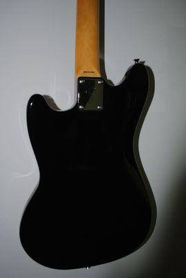 Bild 4 - Fender Mustang 69 HH Japan - Berlin Charlottenburg