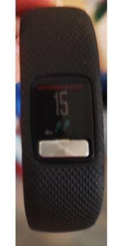 Garmin vívofit 4 Fitness Tracker