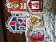 Fahne fussball und metal badges