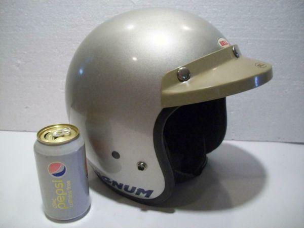 Jahrgang 1981 Bell Magnum Helm