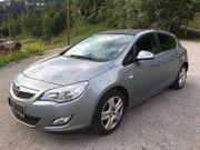 Opel Astra J Sport