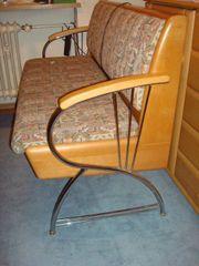 Bank und 2 Stühle