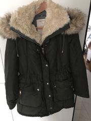 ZARA Winterparka in oliv