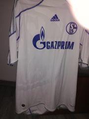 Schalke Trikot in XL umbefloclt