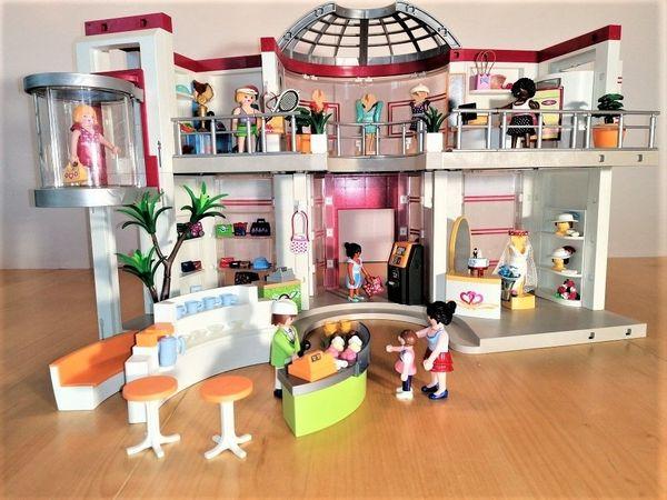 PLAYMOBIL CITY LIFE Shopping Center