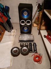 Soundsystem mit bass boxen