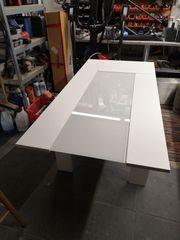 Verkaufe Weissen Holztisch mit Glasplatte