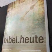 Moderne Bibel zu verschenken 100