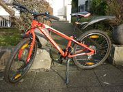 rotes Orbea Mountainbike MX24 Dirt -