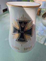 Meisner Porzellanvase Motiv Eisernes Kreuz