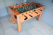 Tischfussball-Tisch - sehr guter Zustand