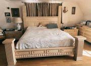 Massivholz Bett aus mexikanischen Pinienholz