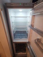 Kühlschrank mit Gefrierkombi