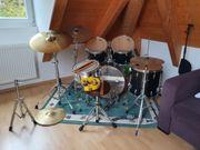 Schlagzeug Tama - schwarz - mit viel