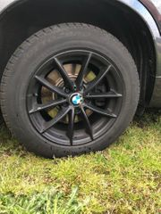 Pirelli Winterreifen auf Felge 17