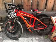 ein E - Bike Mountainbike