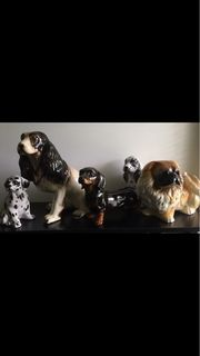 5 wunderschöne Porzellan Hunde