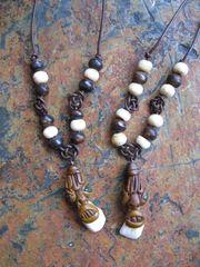 Lederband Halsband mit Anhänger - Zahngeist -