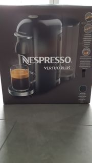 NEU Nespresso Kaffeemaschine vertuo plus