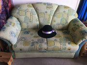 2 Sitzer - Couch im Desingerstil
