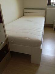Bett inkl Matratze Schoner und