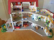 Riesiges Wohnhaus von Playmobil