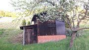 Gartenhäuschen Gartenhaus in Streuobstwiese zu