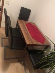 ausziehbarer Tisch 4 Stühle Freischwinger -