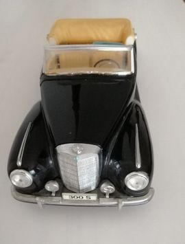 Modellautos - Mercedes Cabriolet 300 S