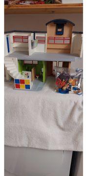 Playmobil-Schule mit Zubehör