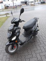 Roller 50 ccm Motorroller