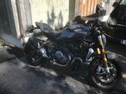 Ducati Monster 1200 S quasi