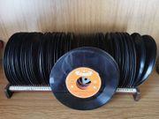 Schallplattensammlung 65 Singles ohne Hüllen