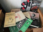 verschiedene alte Bücher
