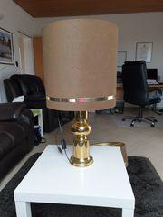 Tisch Stehlampe und Hängelampe