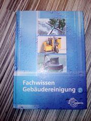 Fachbuch Fachwissen Gebäudereinigung mit CD