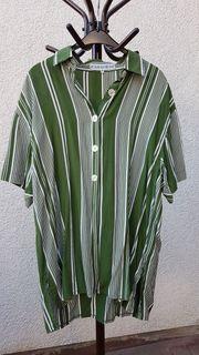 Neuwertige lässig-schöne Bluse von Zabaione