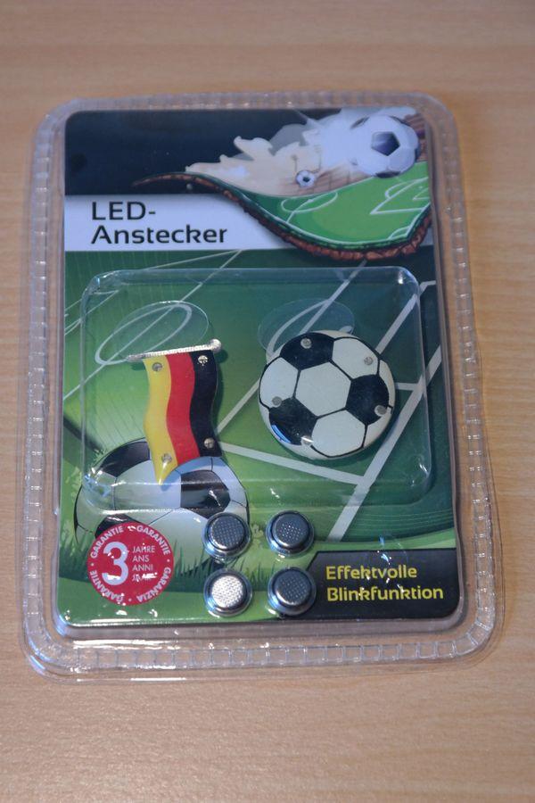 LED-Anstecker Fußball Deutschland - inkl Batterien